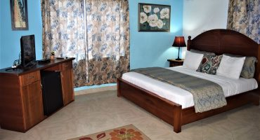 Coconut Pointe Rooms & Inside