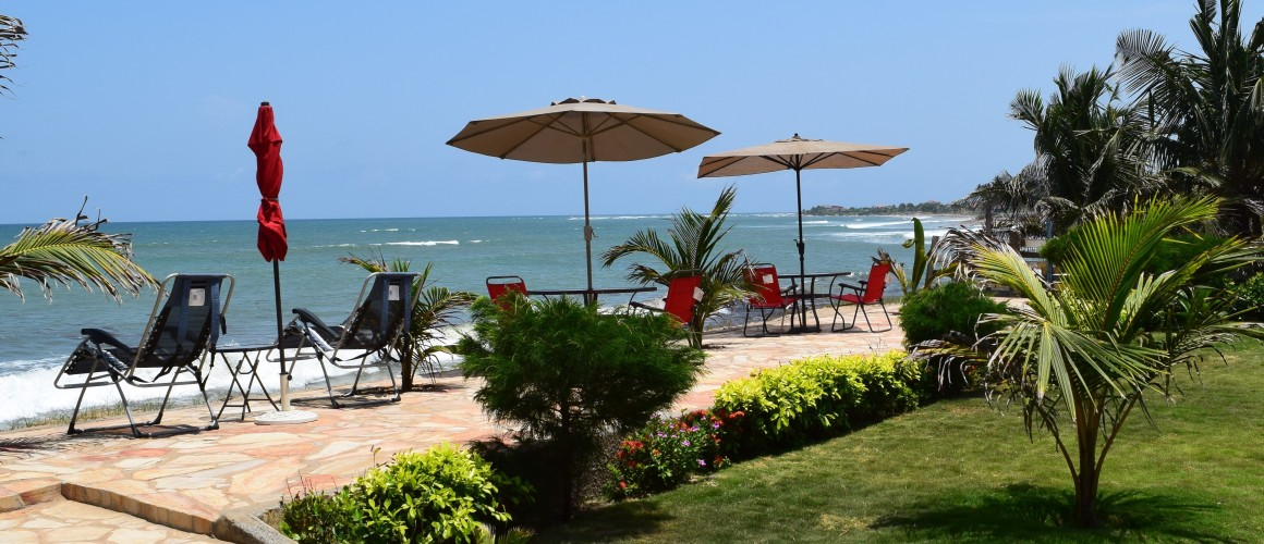 Coconut Pointe Villa & Beach Resort